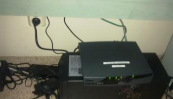 UPS i router szyfrujacy