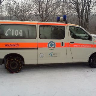 Hungarian emergency service-10