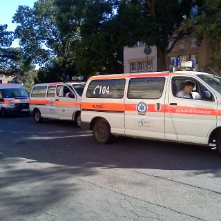 Hungarian emergency service-7
