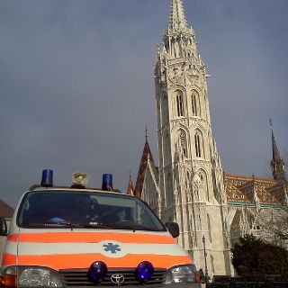 Hungarian emergency service-11