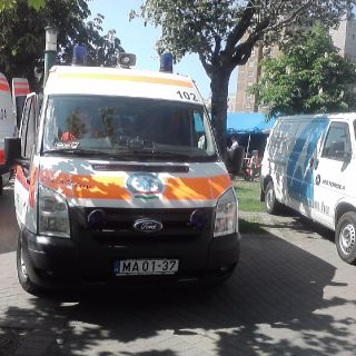 Hungarian emergency service-4