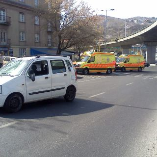 Hungarian emergency service-14